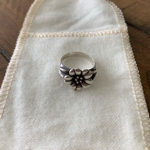 RETIRED James Avery April Flowers Ring - size 4.5